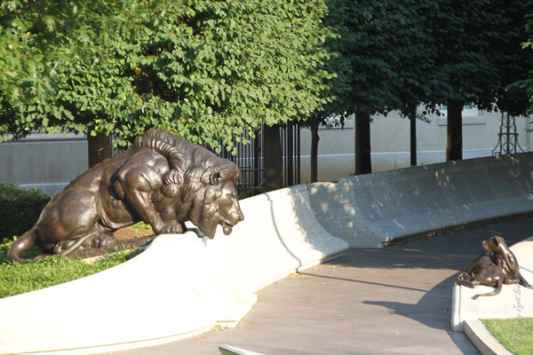 Lion sculpture at The National Law Enforcement Officers Memorial