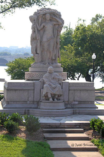 Monument to Swedish American inventor John Ericsson..