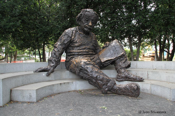 Albert Einstein Monument..