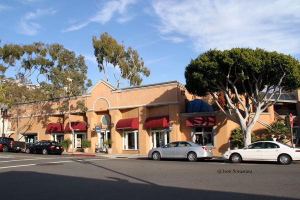 Visitor's Center / Laguna Beach, California.
