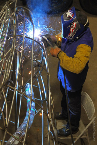 Preston Jackson working on the Sperm Whale sculpture