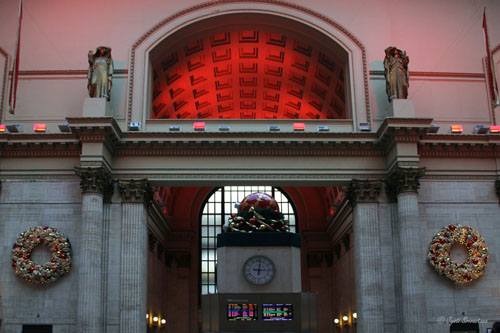 Union Station: Christmas Decorations