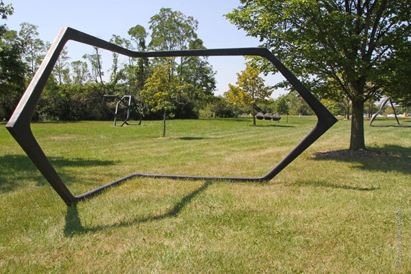 Neil Goodman in the Park / Solo exhibition at Nathan Manilow Sculpture Park