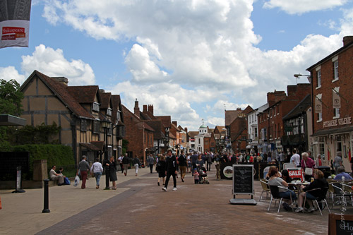 Henley Street with Shakespear's House on left