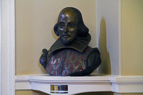 Shakespeare Bust at Town Hall