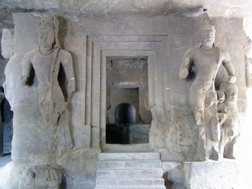 Lingam with dvarapalas