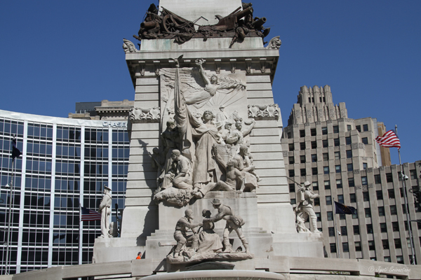 Indianapolis: Soldiers and Sailors Monument / West side: Peace