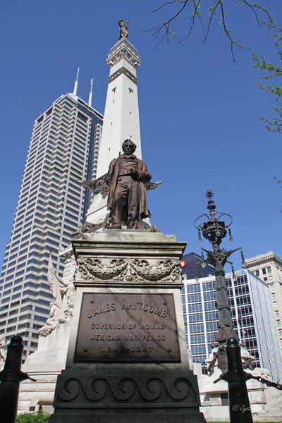 Indianapolis: Soldiers and Sailors Monument / James Whitcomb
