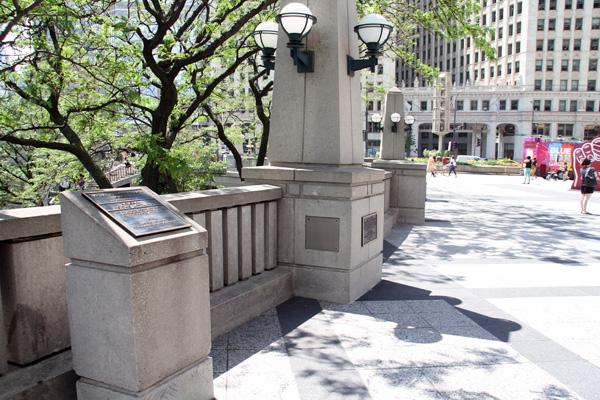 Pioneer Court, Chicago.