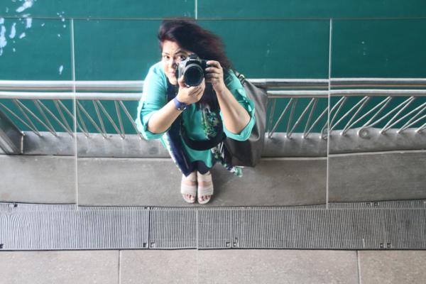 Chicago Riverwalk: Selfie under State Street underbridge!