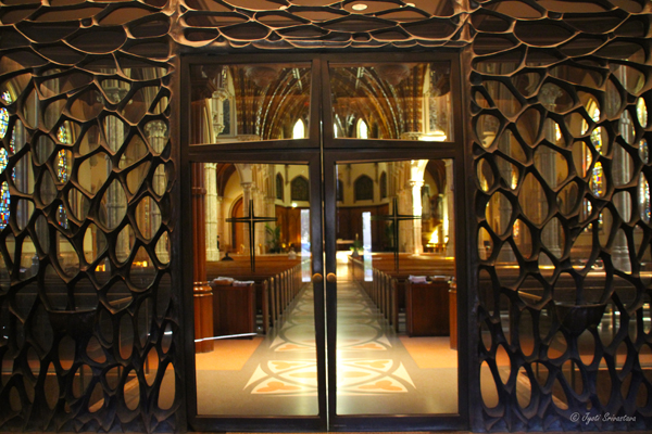 Bronze and glass screen - Holy Name Cathedral