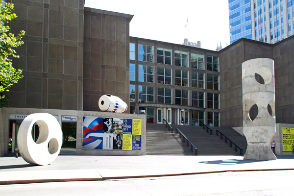2015 MCA Plaza Project: Alexandre da Cunha