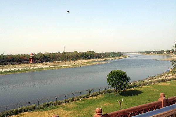 Taj Mahal: On the banks of River Yamuna