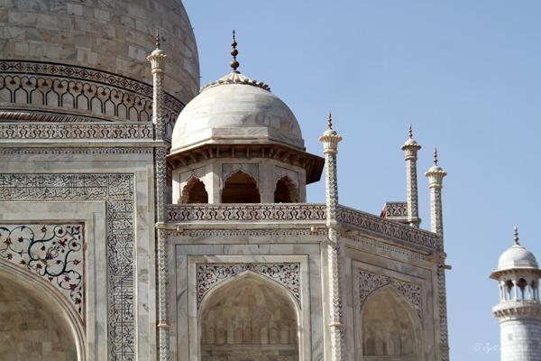 Taj Mahal: Partial onion dome, Chattri, Guldasta [decorative spires], Minaret, Valuted pistaq, Calligraphy and Pietra dura.