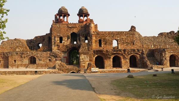 Humayun Darwaza [Humayun Gate] / Purana Qila / Delhi