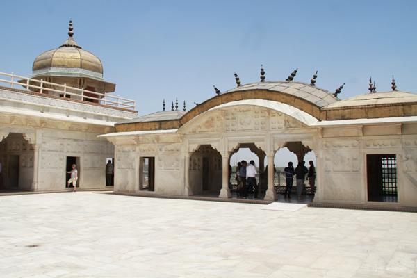 Golden Pavilions / Agra Fort