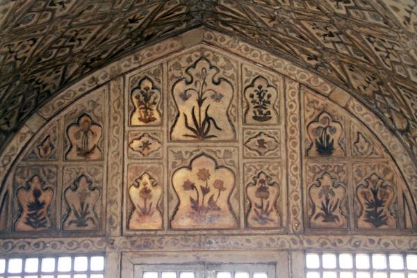 Muthamman Burj / Agra Fort