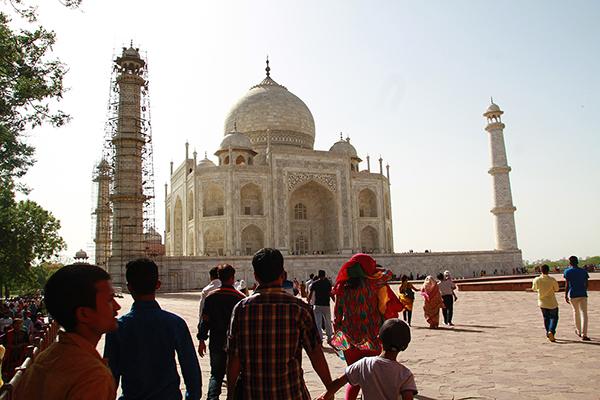 Taj Mahal: Minarets