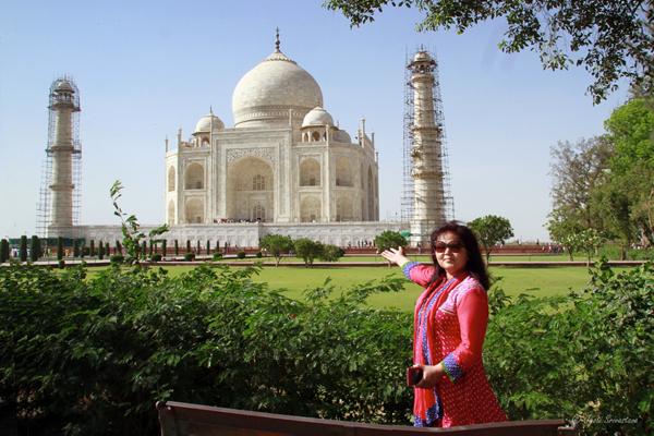 2016 Vacation: India - Taj Mahal - World Heritage Site.