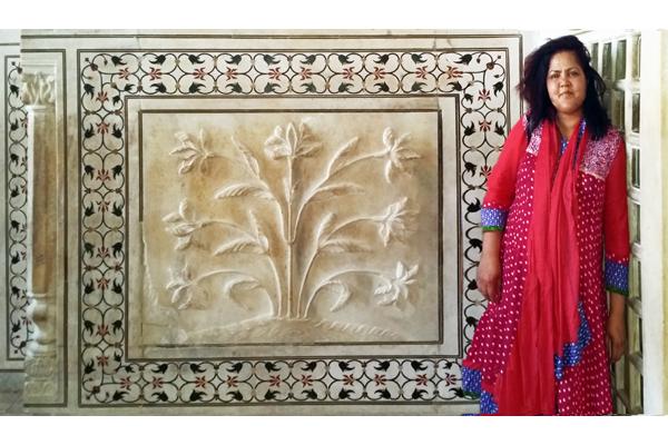Taj Mahal:  Relief work and Pietra dura