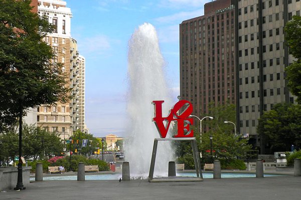 Love - by Robert Indiana / Philadelphia