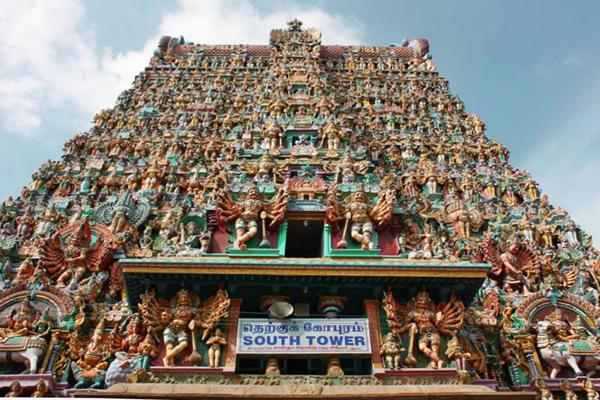 Meenakshi Amman Temple / Madurai, Tamil Nadu
