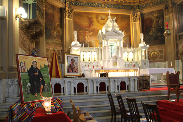 Main altar /  Our Lady of Sorrows Basilica, Chicago