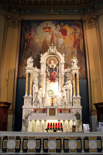 Left Transcept: The Seven Holy Founders Altar /Our Lady of Sorrows Basilica, Chicago.