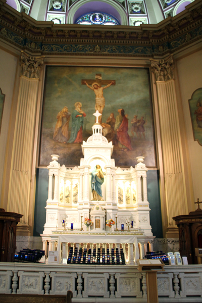 Our Lady of Sorrows Altar / Our Lady of Sorrows Basilica, Chicago.