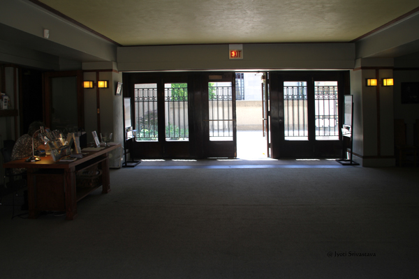 Entrance Hall - diving the Unity Temple and Unity Hall