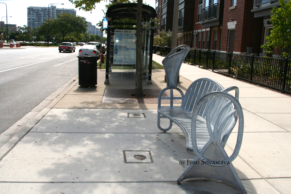 Louis and Li - by  Ted Garner / Bronzeville Benches