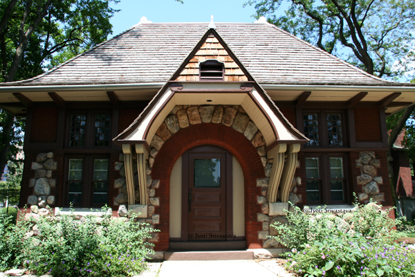 Carson Cottage / Lincoln Park Zoo