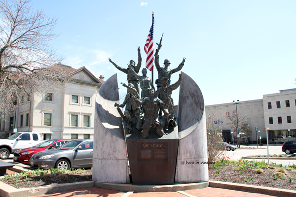 Victory Monument, Rockford