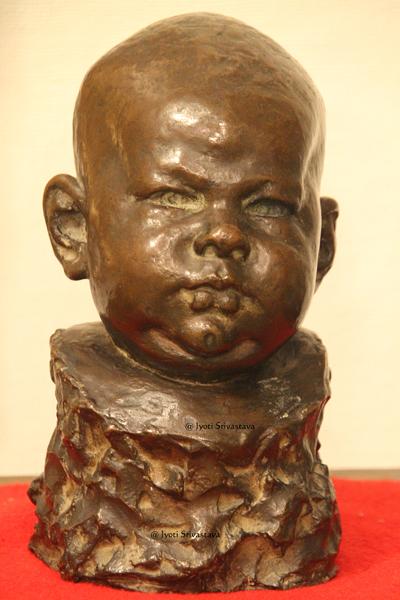 Baby Marguerite - by Leonard Crunelle