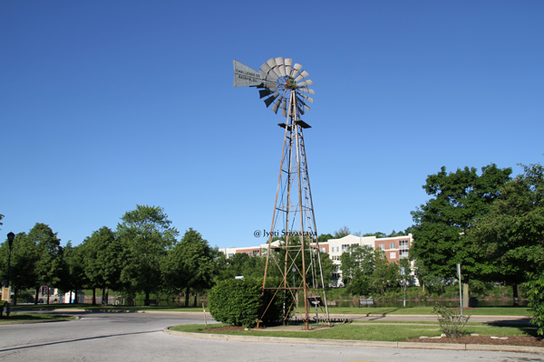 Batavia - City of Windmills