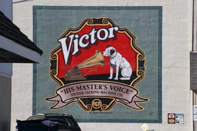 RCA Victor - by Michael Clark / Mural Tour, Pontiac.