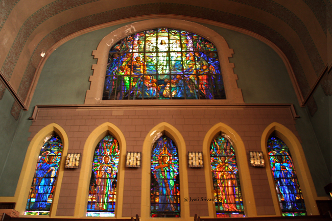 Narthex - East Wall / Second Presbyterian Church