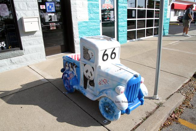 Art Cars / Pontiac, IL.