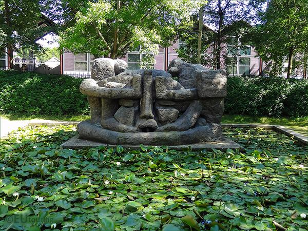 Demeure 10 - by Henri Etienne-Martin / Parc de Bercy, Paris, France.