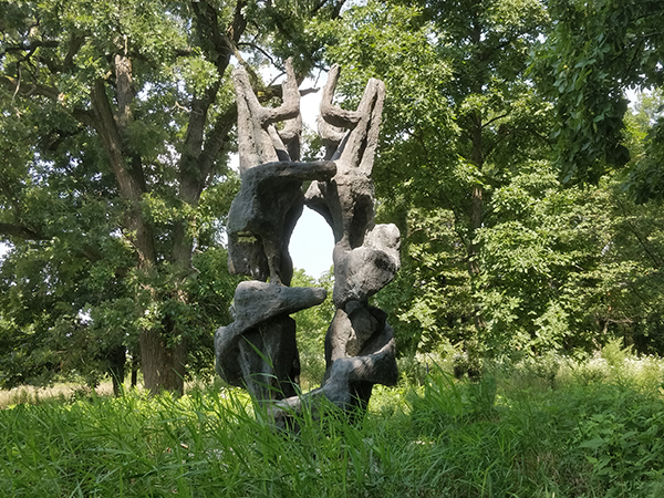 Lanleff Demeure 4 - by Henri Etienne-Martin at Nathan Manilow Sculpture Park