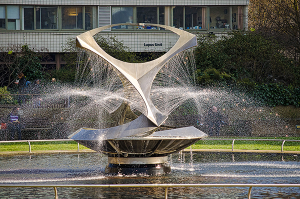 Revolving Torsion - by Naum Gabo