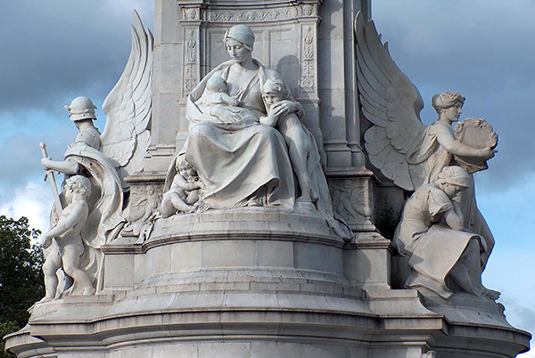 Motherhood / Victoria Memorial - by Sir Thomas Brock